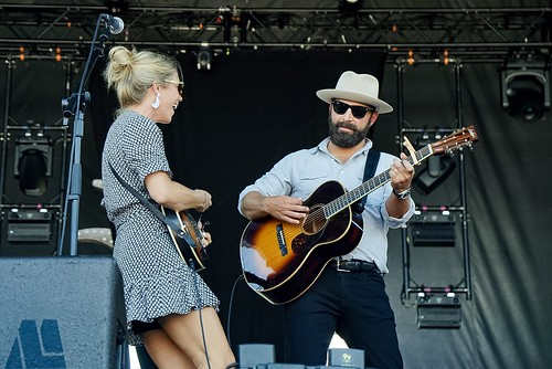 Drew and Ellie Holcomb-1