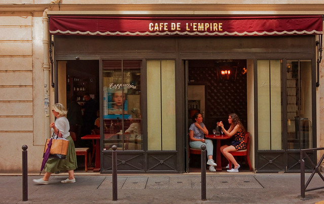 Paris / With friends / Café de l'Empire