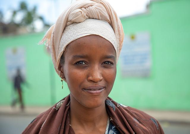 Portrait of an ethiopian woman, Harari region, Harar, Ethiopia