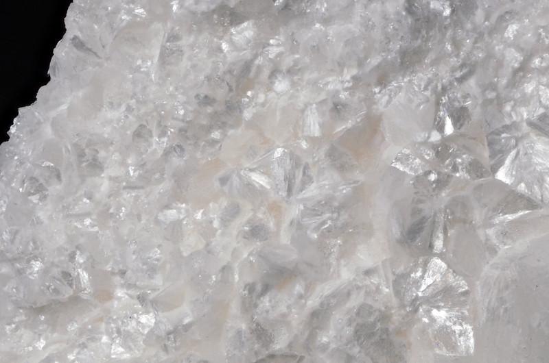 トラスコット石 / Truscottite