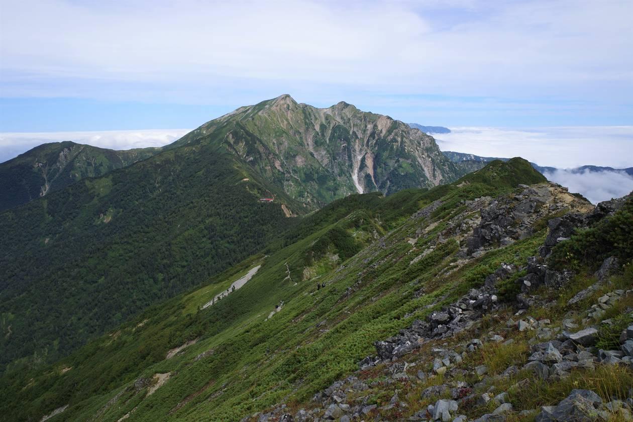 爺ヶ岳から眺める鹿島槍ヶ岳