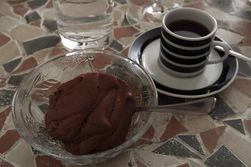 Mousse au Chocolat und Espresso