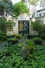 Garden of Huis Marseille