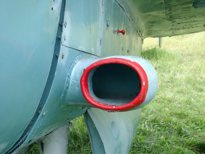 Petlyakov Pe-2 6
