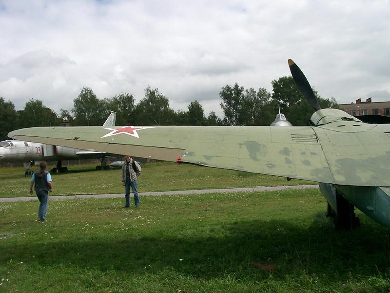 Petlyakov Pe-2 2