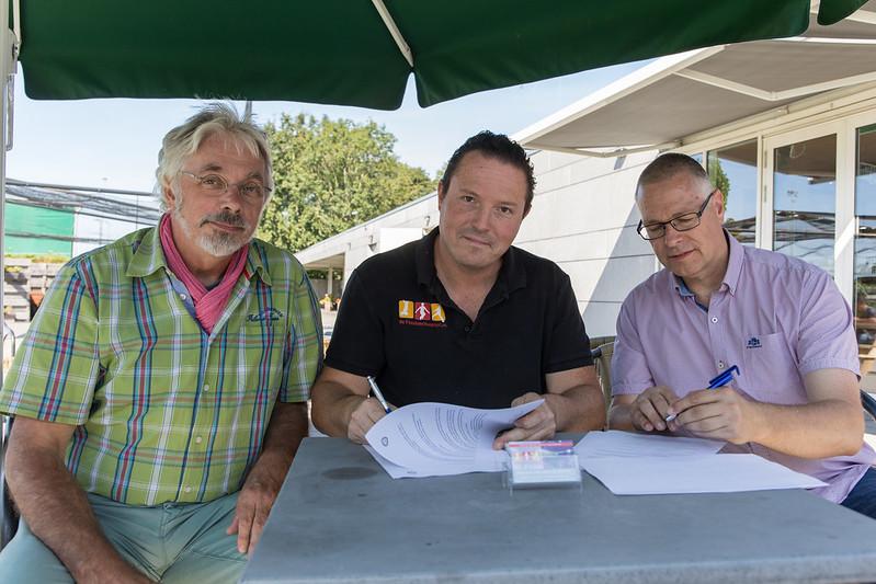 De Feestverhuurder tekent sponsorcontract KCC