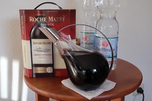 Cabernet Sauvignon aus einem aus Frankreich mitgebrachten Weinschlauch