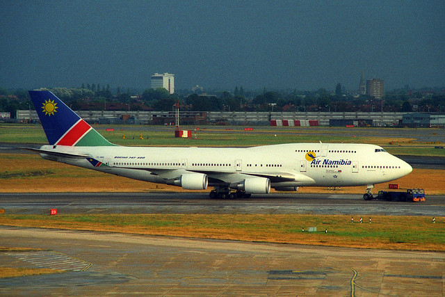 V5-NMA, London Heathrow, September 2nd 2000