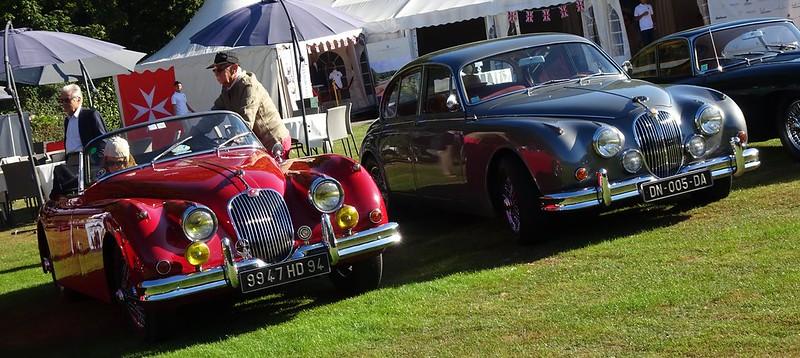 Jaguar 3,8 litres MK2 1962 et XK 150 - 48738871086_770655bf2f_c