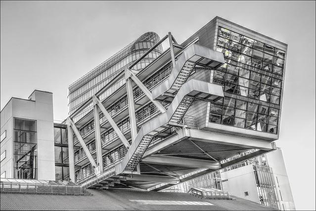 modern ART in architecture