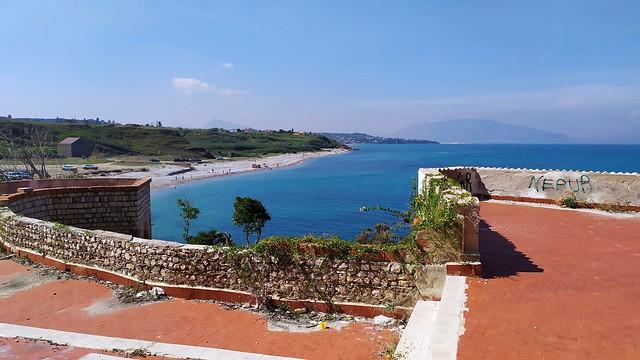 Terrasini : Baia di San Cataldo : un'oasi sfregiata...😢