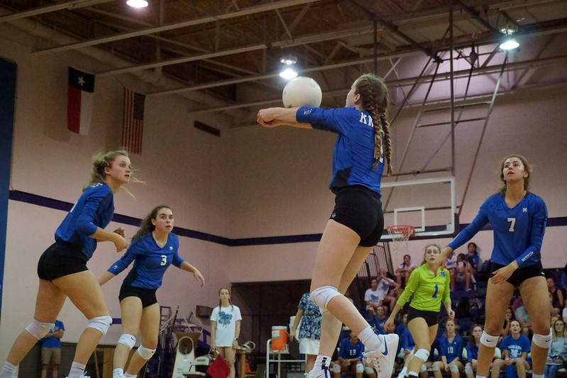 DECORATING/LBJVOLLEYBALL 8/15/19 Olive Embry