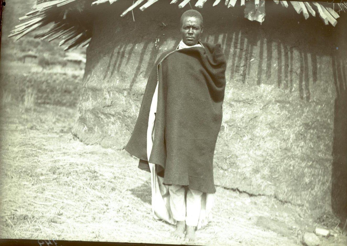 342. Абиссиния, Аддис-Абеба. Атто Мариам («атто» с амхар.яз «господин»). Галла