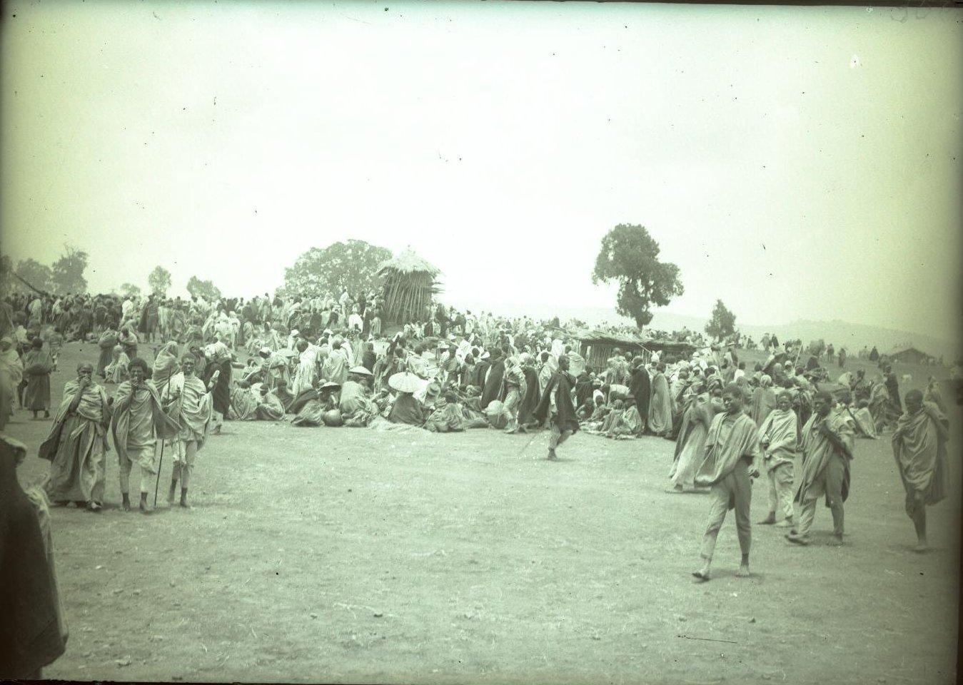 356.1899. Абиссиния, Аддис-Абеба. Базар, таможня