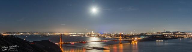 A panorama of San Francisco Bay at Night