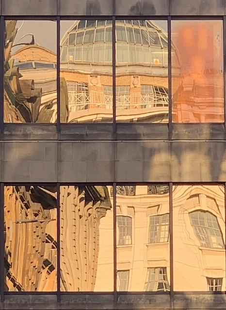 Reflections of a golden Glasgow