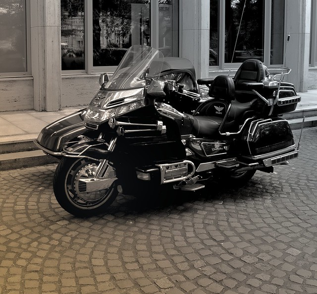 Ein Motorrad in Kiel E92