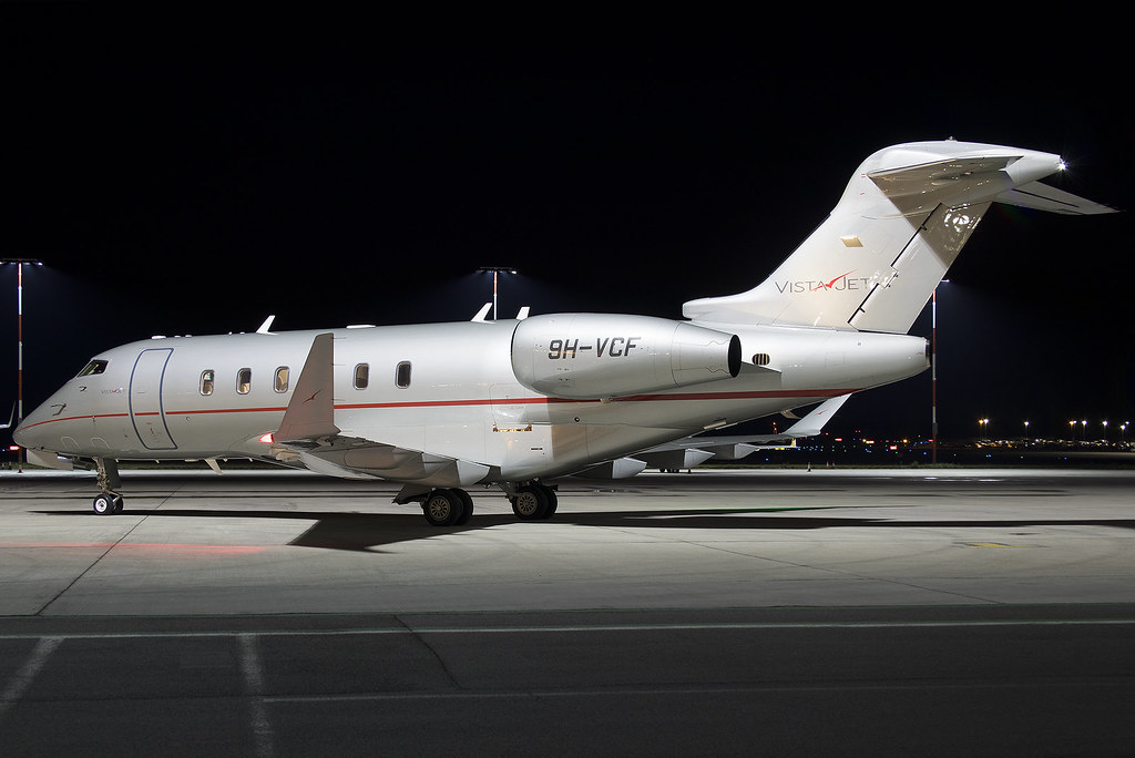 9H-VCF VistaJet Bombardier Challenger 350 at Southend Airport (SEN/EGMC)