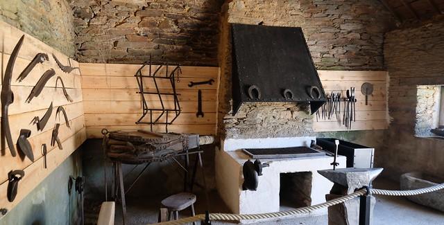 Les Forges des salles Village sidérurgique Breton
