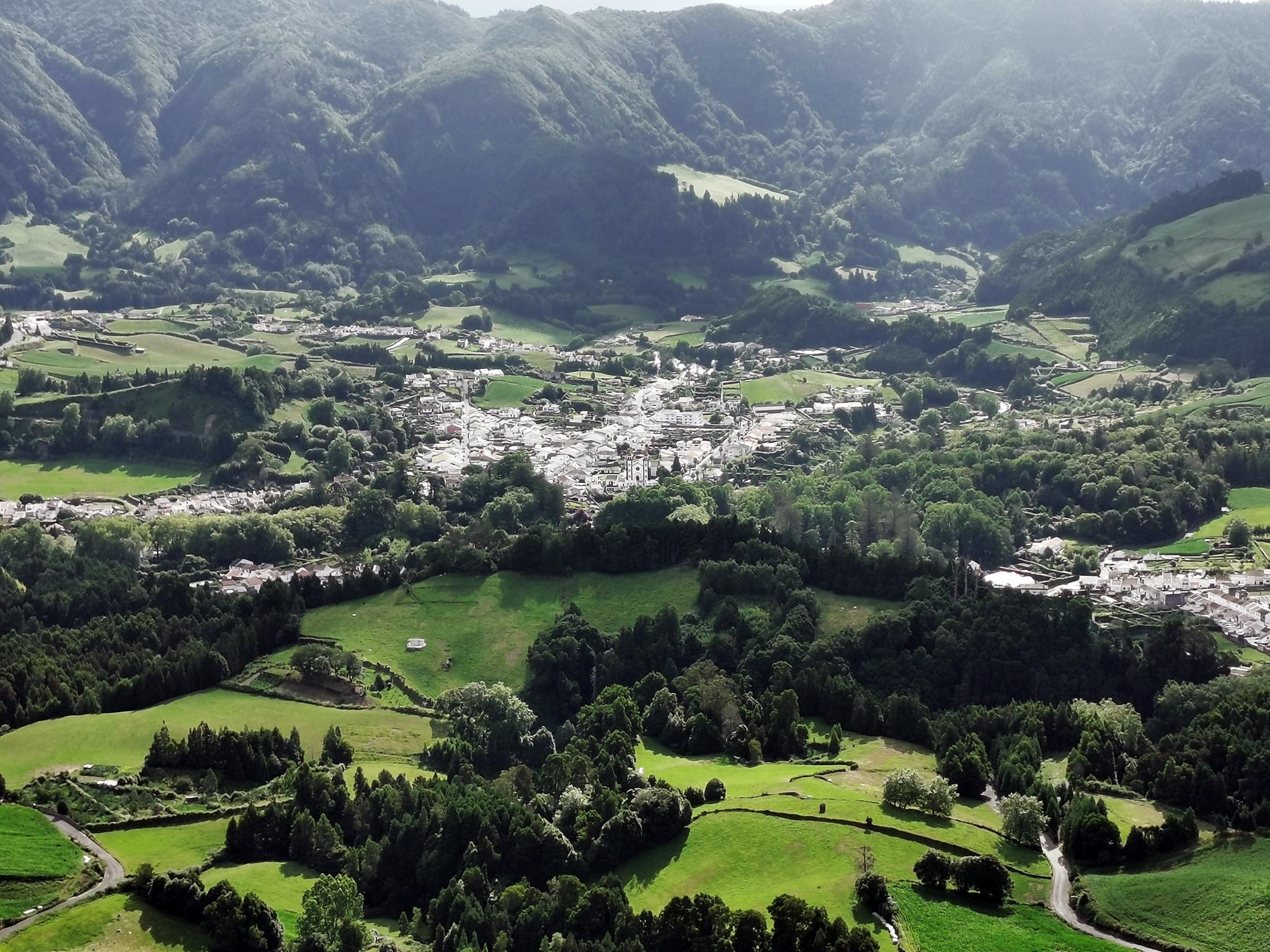 Vista de Furnas desde Mirador Pico do Ferro Isla San Miguel Azores Portugal
