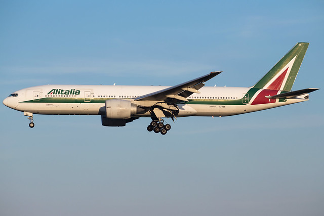 Alitalia B777-243(ER) EI-ISE