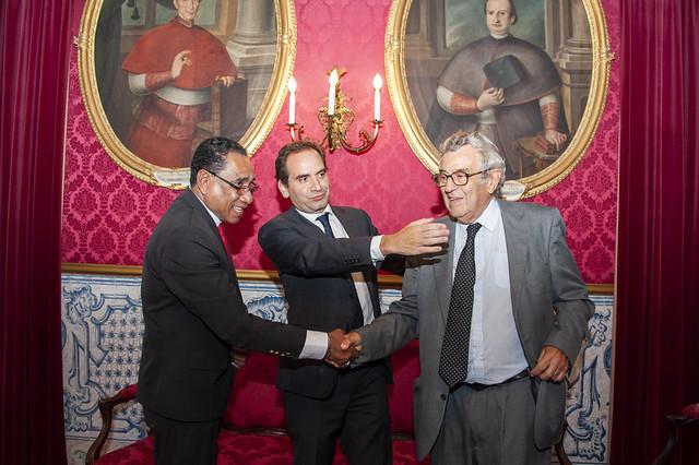 Assinatura de um Protocolo Quadro de Cooperação e dois contratos entre a UC e a República Democrática de Timor Leste