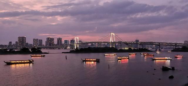Baie de Tokyo, raindow bridge