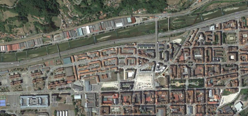 mieres, asturias, del camino franquista, después, urbanismo, planeamiento, urbano, desastre, urbanístico, construcción, rotondas, carretera