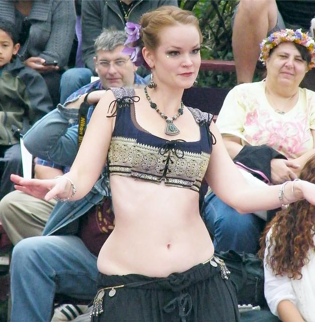 Petty Belly Dancer
