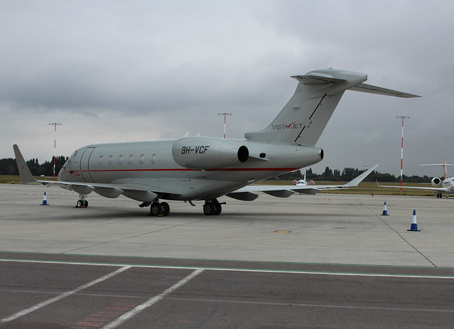 9H-VCF Bombardier Challenger 350