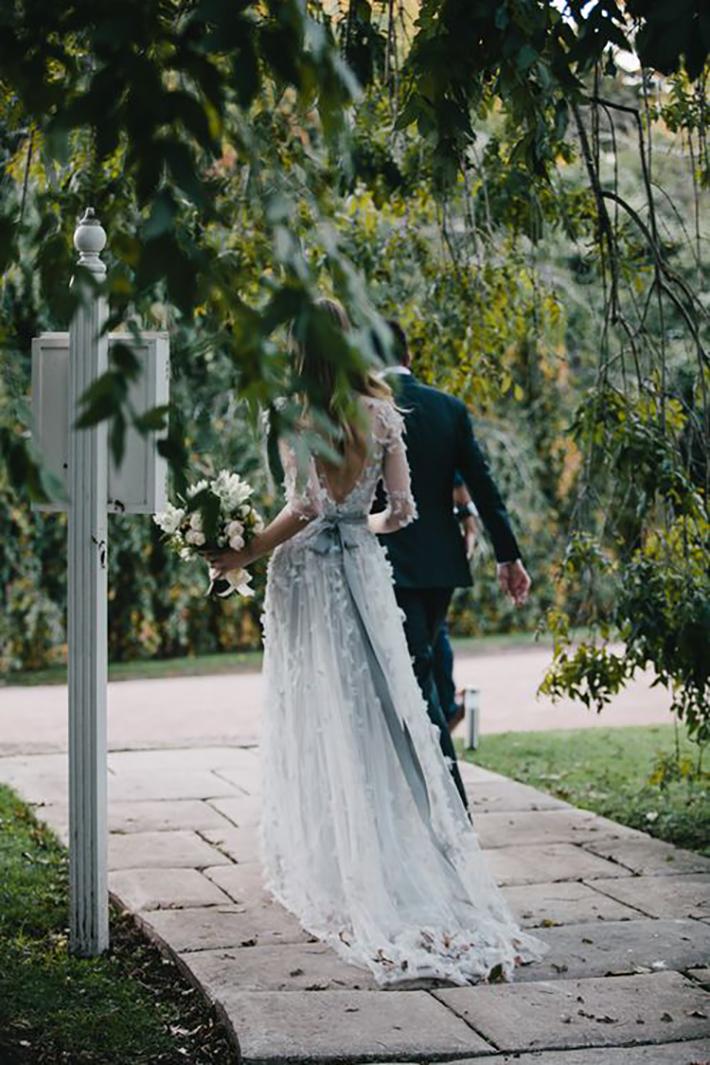 robe de mariage d'automne pour les invités du mariage et la mariée