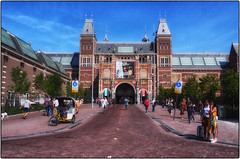 Museumplein Amsterdam - Just a closer look at the Rijksmuseum