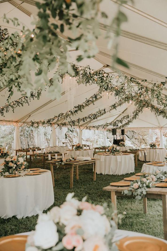 robe de mariage d'automne pour les invités et la mariée