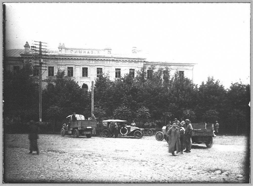 11. Семёновская площадь