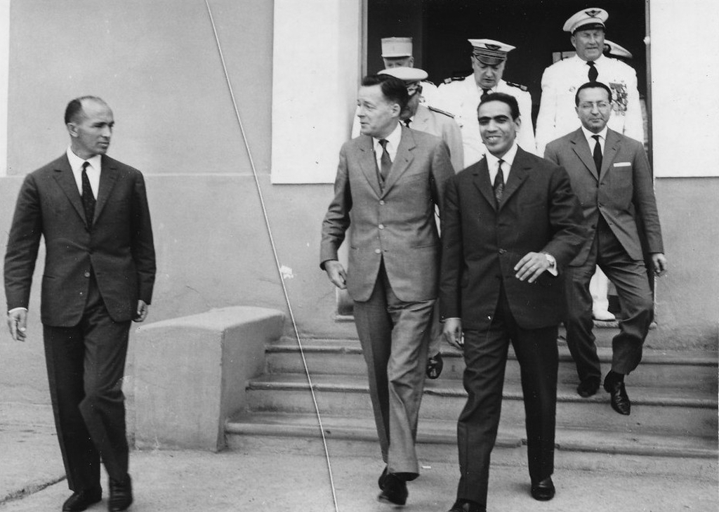Octobre 1961 - Remise de la BE707 de Marrakech au Maroc 48747083166_3ef20d3055_o