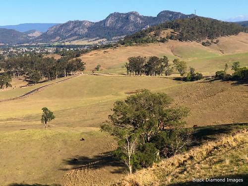 mogranilookout lookout view gloucester buckettsrange buckettsway midnorthcoast nsw australia mountain iphonexbackcamera iphonex iphone bourkeback july2019 shotoniphone