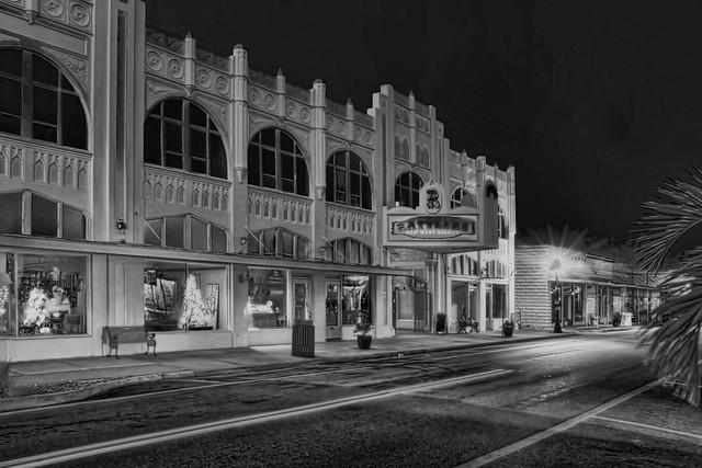 Koch Building, 101 W Oak Street, Arcadia, Florida, USA / Built: 1926 / Floors: 2 / Rooms: 44 / Contractor: Ralph Cannon / Exteror Walls: CB stucco / Off Street Parking Spaces: 40