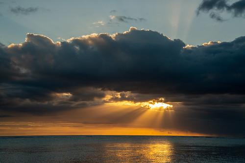 mauritius flicenflac ocean indian sunset sun burst clouds nikon d800 golden hour sea sky