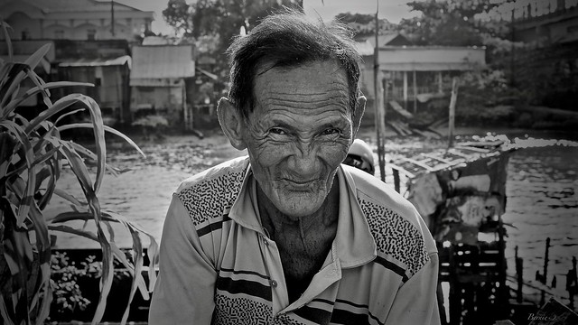 Vietnam in Black and white.. On the Mekong..