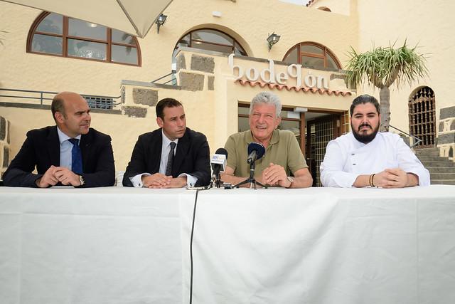 Presentación oferta gastronómica Bodegón del Pueblo Canario