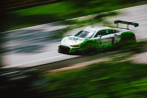 Audi R8 GT4 Photo