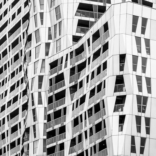 asymmetrical Rotterdam