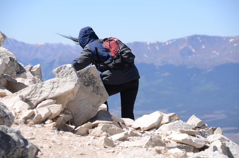 Narrow ridge near the summit (18)