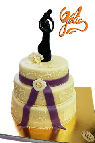 Wedding Cake Ruban Violet