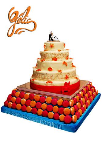 Wedding cake 'mer' sur macarons