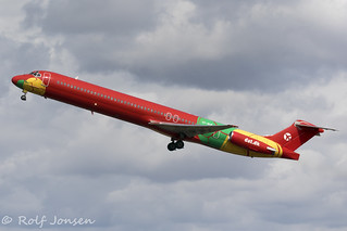 OY-RUE McDonnell Douglas MD-83 Danish Air Transport Orly airport LFPO 13.08-19