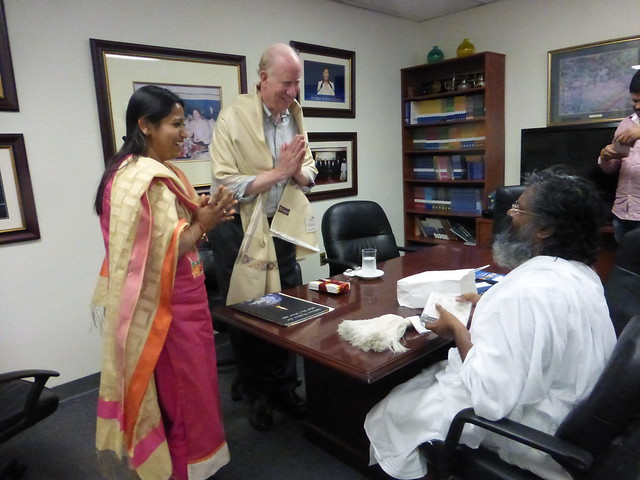 UPF International-2016-05-31-Indian Spiritual Master Visits UPF Offices