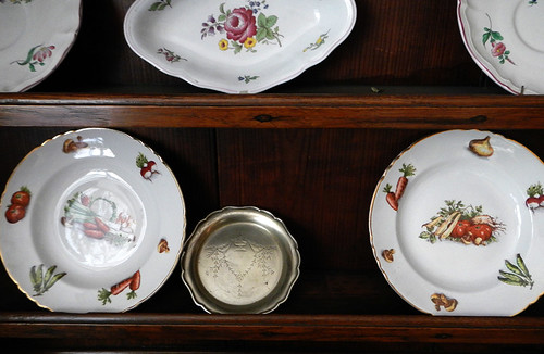 China cabinet at the Verdi BandB in Bruges, Belgium