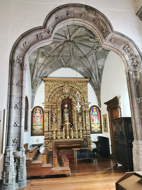 retablo capilla interior Iglesia matriz de San Sebastian Ponta Delgada Isla San Miguel Azores Portugal 04