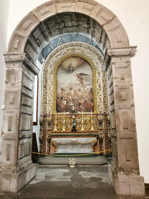 retablo capilla interior Iglesia matriz de San Sebastian Ponta Delgada Isla San Miguel Azores Portugal 01